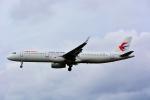 HISAHIさんが、福岡空港で撮影した中国東方航空 A321-231の航空フォト(写真)