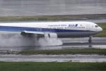 mojioさんが、羽田空港で撮影した全日空 767-381の航空フォト(写真)