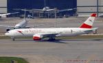 Asamaさんが、香港国際空港で撮影したオーストリア航空 777-2B8/ERの航空フォト(写真)