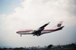 tokadaさんが、伊丹空港で撮影したユナイテッド航空 747-422の航空フォト(写真)
