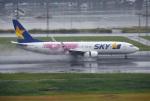 mojioさんが、羽田空港で撮影したスカイマーク 737-86Nの航空フォト(写真)