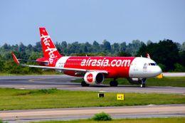 まいけるさんが、コーンケン空港で撮影したタイ・エアアジア A320-251Nの航空フォト(飛行機 写真・画像)
