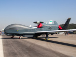 Mame @ TYOさんが、ソウル空軍基地で撮影したアメリカ空軍 RQ-4B-40 Global Hawkの航空フォト(写真)