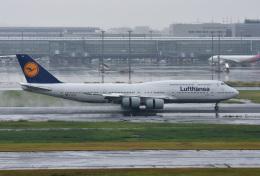 mojioさんが、羽田空港で撮影したルフトハンザドイツ航空 747-830の航空フォト(写真)