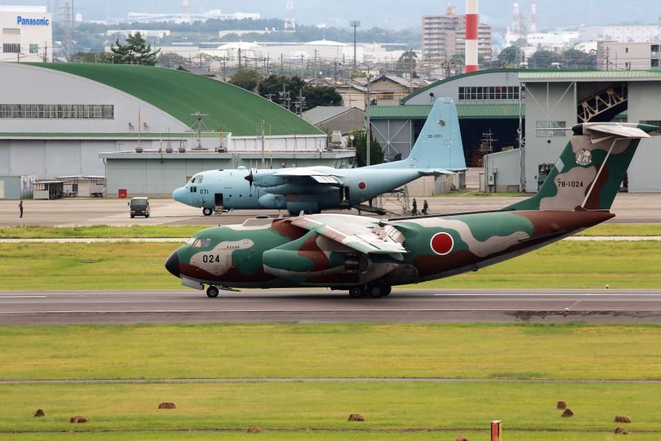 T.Sazenさんの航空自衛隊 Kawasaki C-1 (78-1024) 航空フォト