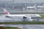 mojioさんが、羽田空港で撮影した日本航空 767-346の航空フォト(写真)