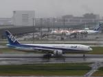 eipansさんが、羽田空港で撮影した全日空 777-281/ERの航空フォト(写真)