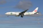 utarou on NRTさんが、那覇空港で撮影した日本航空 777-246の航空フォト(写真)