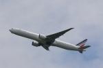 OS52さんが、成田国際空港で撮影したエールフランス航空 777-328/ERの航空フォト(写真)