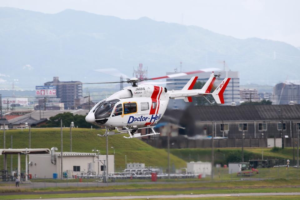 T.Sazenさんの朝日航洋 Kawasaki BK117 (JA6916) 航空フォト