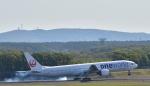 Take51さんが、新千歳空港で撮影した日本航空 777-346の航空フォト(写真)