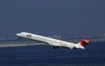 kumagorouさんが、羽田空港で撮影した日本航空 MD-90-30の航空フォト(写真)