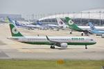 よしポンさんが、関西国際空港で撮影したエバー航空 A321-211の航空フォト(写真)
