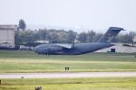 Koenig117さんが、嘉手納飛行場で撮影したアメリカ空軍 C-17A Globemaster IIIの航空フォト(写真)