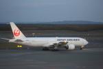 meijeanさんが、新千歳空港で撮影した日本航空 777-246の航空フォト(写真)