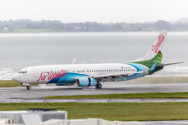 エア・バヌアツ Boeing 737-800 ...