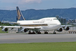 Gambardierさんが、伊丹空港で撮影したシンガポール航空 747-312の航空フォト(飛行機 写真・画像)
