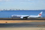 TAKAHIDEさんが、羽田空港で撮影した日本航空 777-346/ERの航空フォト(写真)