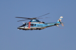 beeさんが、名古屋飛行場で撮影した沖縄県警察 A109E Powerの航空フォト(写真)