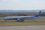 meijeanさんが、新千歳空港で撮影した全日空 777-381の航空フォト(写真)