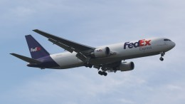 redbull_23さんが、成田国際空港で撮影したフェデックス・エクスプレス 767-3S2F/ERの航空フォト(飛行機 写真・画像)