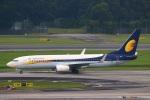 reonさんが、シンガポール・チャンギ国際空港で撮影したジェットエアウェイズ 737-85Rの航空フォト(写真)