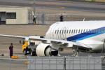 鈴鹿@風さんが、名古屋飛行場で撮影した三菱航空機 MRJ90STDの航空フォト(写真)