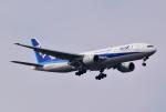 hirohiro77さんが、新千歳空港で撮影した全日空 777-281/ERの航空フォト(写真)