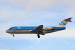 蒲田賢二さんが、ロンドン・ヒースロー空港で撮影したKLMシティホッパー 70の航空フォト(写真)