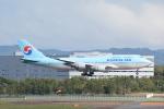 LEGACY-747さんが、新千歳空港で撮影した大韓航空 747-4B5の航空フォト(飛行機 写真・画像)