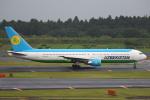 セブンさんが、成田国際空港で撮影したウズベキスタン航空 767-33P/ERの航空フォト(飛行機 写真・画像)