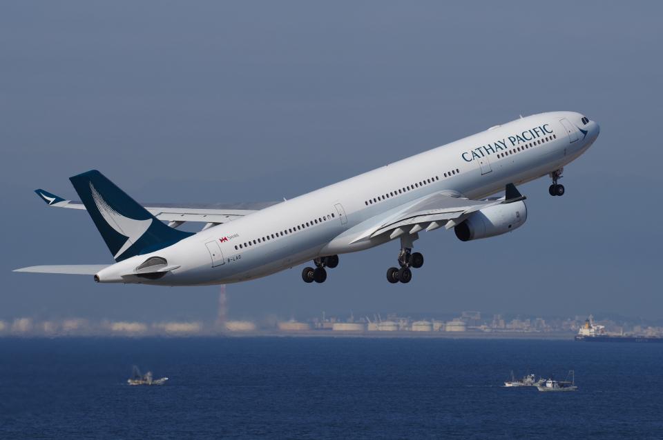 yabyanさんのキャセイパシフィック航空 Airbus A330-300 (B-LAO) 航空フォト