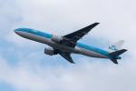 ぎんじろーさんが、成田国際空港で撮影したKLMオランダ航空 777-206/ERの航空フォト(写真)
