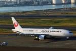 Wasawasa-isaoさんが、羽田空港で撮影した日本航空 777-246の航空フォト(写真)