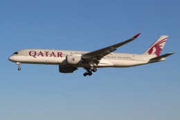 JRF spotterさんが、フィラデルフィア国際空港で撮影したカタール航空 A350-941の航空フォト(飛行機 写真・画像)
