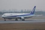 いっとくさんが、伊丹空港で撮影した全日空 767-381/ERの航空フォト(写真)