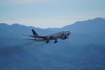 FRTさんが、松山空港で撮影した全日空 777-281の航空フォト(写真)