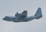 じーく。さんが、嘉手納飛行場で撮影したアメリカ海兵隊 KC-130J Herculesの航空フォト(写真)