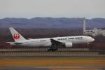 じゃりんこさんが、新千歳空港で撮影した日本航空 777-246の航空フォト(写真)