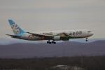 じゃりんこさんが、新千歳空港で撮影したAIR DO 767-381の航空フォト(写真)