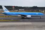 euro_r302さんが、成田国際空港で撮影したKLMオランダ航空 777-206/ERの航空フォト(写真)