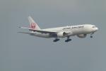 うすさんが、新千歳空港で撮影した日本航空 777-246の航空フォト(写真)