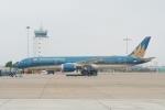 とおまわりさんが、タンソンニャット国際空港で撮影したベトナム航空 787-9の航空フォト(写真)