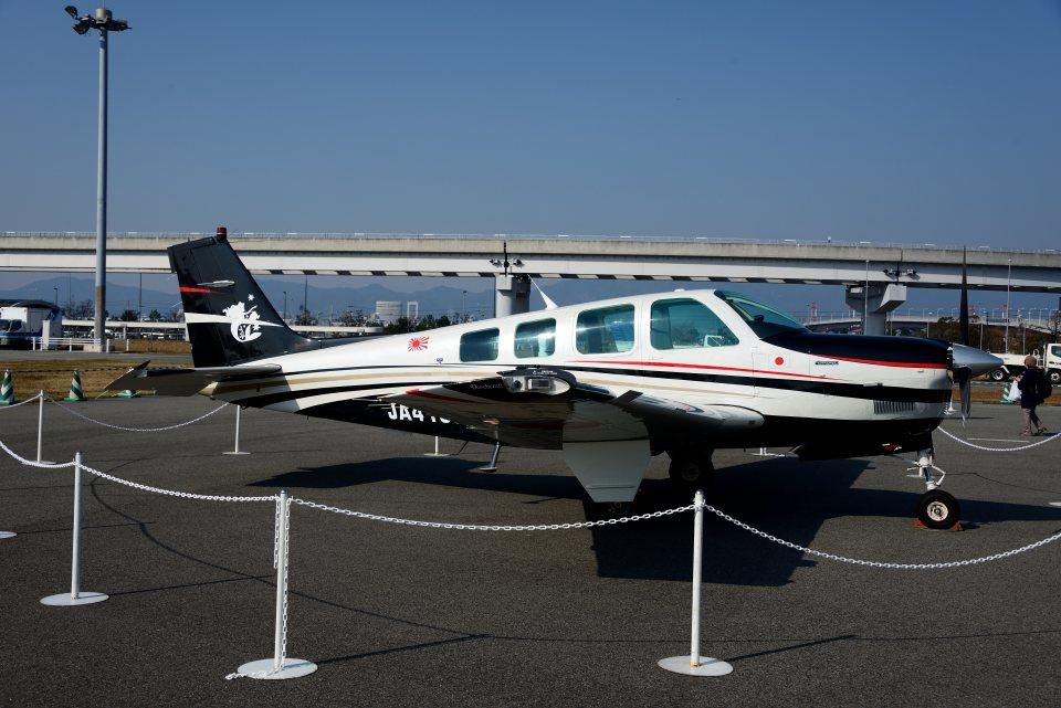 T.Sazenさんの日本個人所有 Beechcraft 36 Bonanza (JA4158) 航空フォト