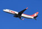 雲霧さんが、成田国際空港で撮影したティーウェイ航空 737-8KNの航空フォト(写真)
