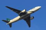蒲田賢二さんが、成田国際空港で撮影したパキスタン国際航空 777-2Q8/ERの航空フォト(写真)