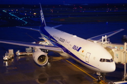 SSB46さんが、新千歳空港で撮影した全日空 777-281/ERの航空フォト(飛行機 写真・画像)