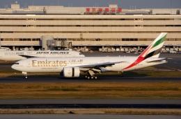 Bluewingさんが、羽田空港で撮影したエミレーツ航空 777-21H/LRの航空フォト(写真)