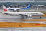 Tomo_lgmさんが、羽田空港で撮影した日本航空 777-289の航空フォト(写真)