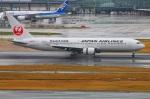 Tomo_lgmさんが、羽田空港で撮影した日本航空 767-346の航空フォト(写真)